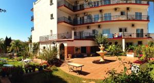 (Hotel Carmen Teresa)
