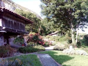 Casas Rurales El Corberu