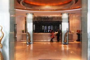 Yakelai Holiday Hotel
