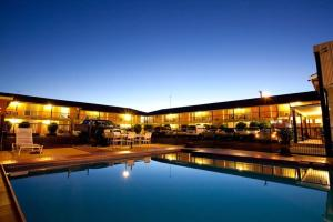 Golden West Motor Inn - Dubbo, New South Wales, Australia