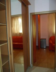 Отель Златотур - фото 6