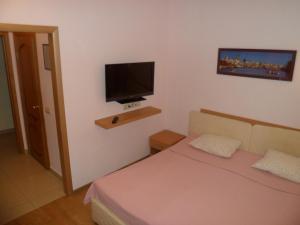 Отель Златотур - фото 12