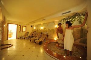 Hotel Vioz, Hotel  Peio Fonti - big - 41