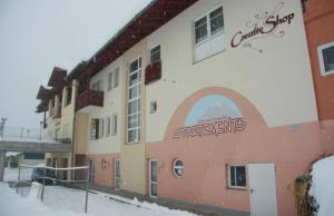 Flattach Hotels