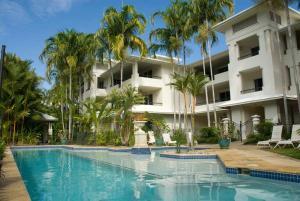 Mandalay Luxury Beachfront Apartments - Far North Queensland, Queensland, Australia