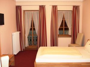 Schloßwirt Hotel Garni