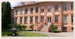 Schloss-gut-Hotel Schloss- und Wellnesshotel R�hst�dt