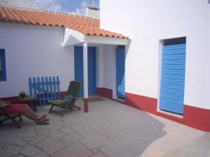 Adraga Surf Hostel Colares