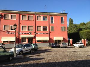 Nearby hotel : Hotel Mantova