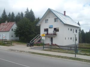 Apartments Lalović
