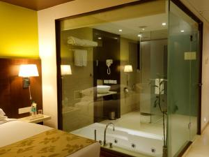 Ramee Grand Hotel and Spa, Pune, Hotely  Pune - big - 30