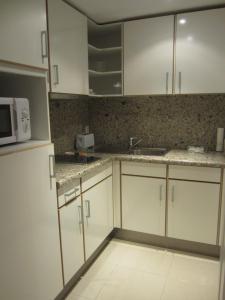 Apartamentos Las Arcadias II, Apartmanok  Palma de Mallorca - big - 7
