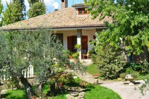 Nearby hotel : Bed And Breakfast Casa Rosella - Country House