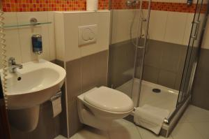 City Central De Luxe, Hotels  Prag - big - 8
