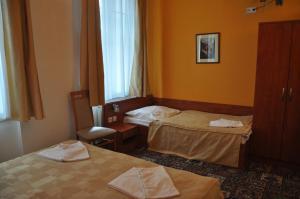 City Central De Luxe, Hotels  Prag - big - 4