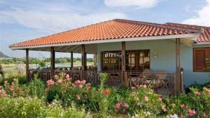 蓝湾村别墅 (Bluebay Village Villa)