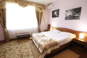 特罗亚酒店 (Hotel Troya)
