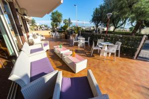 Hotel Touring, Hotel  Misano Adriatico - big - 4