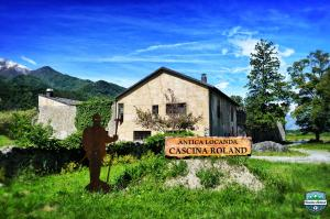 Nearby hotel : Cascina Roland