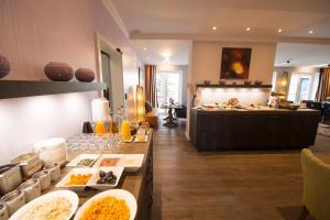 Hotel Hof Galerie, Hotely  Morsum - big - 47
