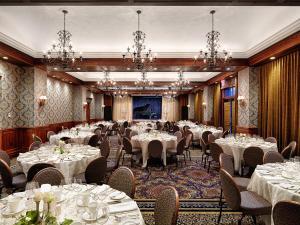 Oak Bay Beach Hotel (5 of 41)