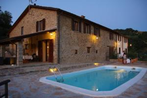 Nearby hotel : Agriturismo Case Nuove