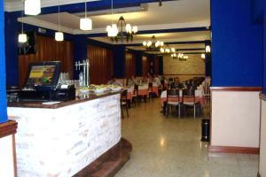 Hostal Restaurante El Cazador