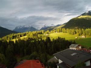 Haus Fichtenstamm, Apartmány  Seefeld in Tirol - big - 38