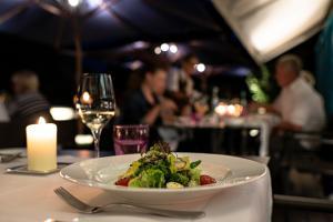Zeller-Hotel+Restaurant