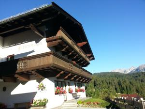 Haus Fichtenstamm, Apartmány  Seefeld in Tirol - big - 1