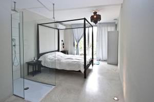 Les Suites