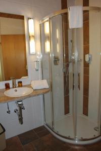 Hotel am Springhorstsee, Отели  Гроссбургведель - big - 36