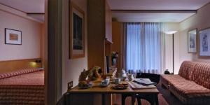 Domina Home Les Jumeaux - Hotel - Courmayeur