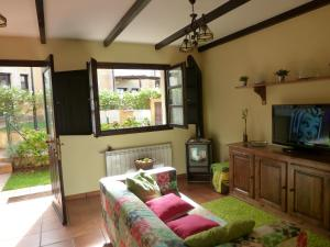 Mayorazgo De Altamira Mila, Holiday homes  Santillana del Mar - big - 1