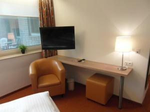 Hotel am Springhorstsee, Отели  Гроссбургведель - big - 2