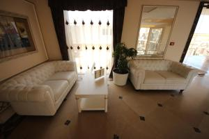 Menada Apartments in Golden Rainbow, Appartamenti  Sunny Beach - big - 18