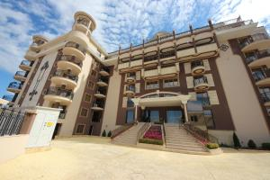 Menada Apartments in Golden Rainbow, Appartamenti  Sunny Beach - big - 37