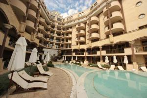Menada Apartments in Golden Rainbow, Appartamenti  Sunny Beach - big - 41
