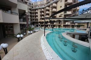 Menada Apartments in Golden Rainbow, Appartamenti  Sunny Beach - big - 30