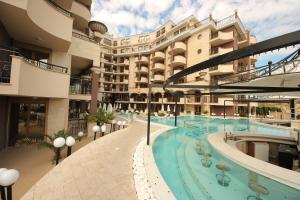 Menada Apartments in Golden Rainbow, Appartamenti  Sunny Beach - big - 40