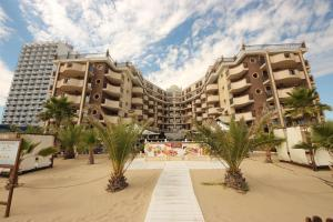 Menada Apartments in Golden Rainbow, Appartamenti  Sunny Beach - big - 44