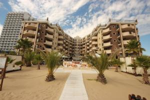 Menada Apartments in Golden Rainbow, Appartamenti  Sunny Beach - big - 25