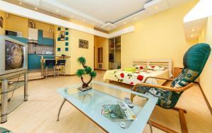 Luxrent apartments на Бессарабрке - фото 4
