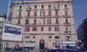 Nearby hotel : Bed & Breakfast Napoli Centrale