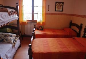 Villa Monsagrati Alto, Holiday homes  Monsagrati - big - 34