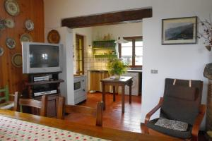 Villa Monsagrati Alto, Holiday homes  Monsagrati - big - 40