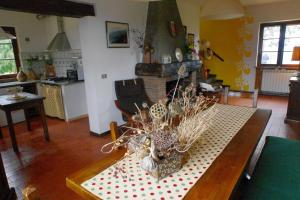 Villa Monsagrati Alto, Holiday homes  Monsagrati - big - 5