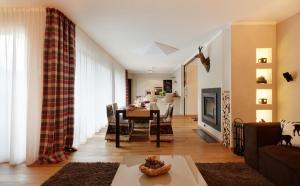 Crioli Dolomiti Lodge, Ferienwohnungen  Niederdorf - big - 13