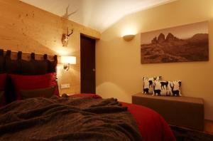 Crioli Dolomiti Lodge, Ferienwohnungen  Niederdorf - big - 2