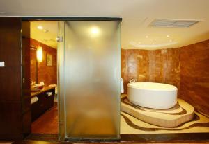 JAHO Forstar Hotel Wenshuyuan Branch, Отели  Чэнду - big - 3